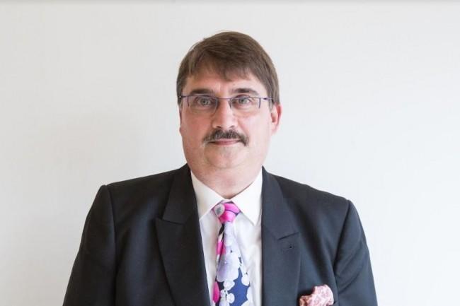 Olivier Denoo prend la tête de la fédération internationale de la qualité logicielle