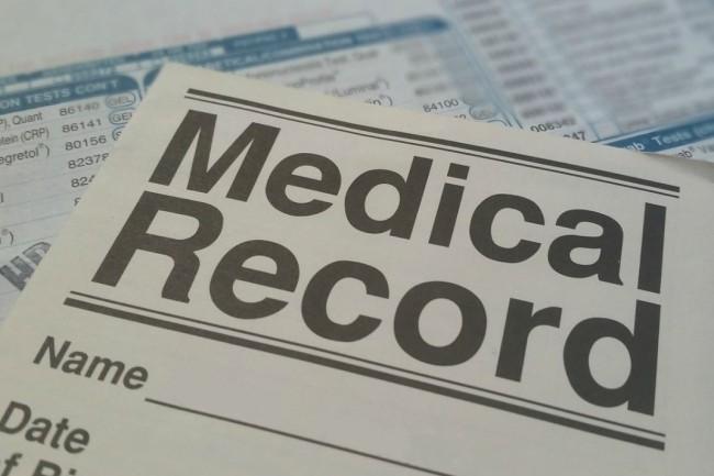 AWS certifié hébergeur de données de santé : oui mais…
