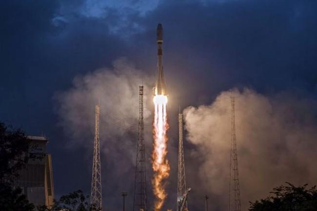OneWeb lève 1,25 Md$ pour ses satellites Internet
